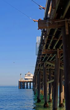 Free Malibu Pier Royalty Free Stock Photography - 3011957