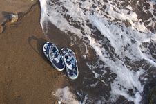 Free Sandals On Sand Royalty Free Stock Photo - 3016475
