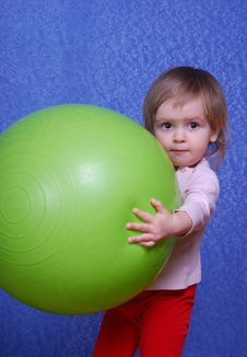 Free Child With Ball, Portrait On A Blue Background Royalty Free Stock Photo - 30110765