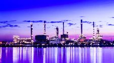 Free Refinery Plant Area At Twilight Stock Photo - 30116900