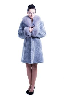 Free Pretty Woman Full Length Standing In Luxury Coat Royalty Free Stock Images - 30121439