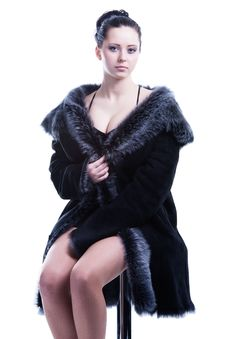 Free Beautiful Woman With Decollete In Luxury Fur Coat Sitting Stock Images - 30121454
