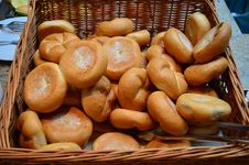 Free Buns In A Basket Stock Photo - 30132770