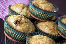 Free Baking Banana With Cranberries Muffins Stock Images - 30133144