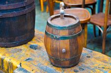 Free Aged Barrel Royalty Free Stock Photos - 30140498