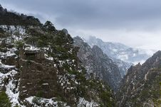 Free Huangshan Mountain Scenery Stock Images - 30145564