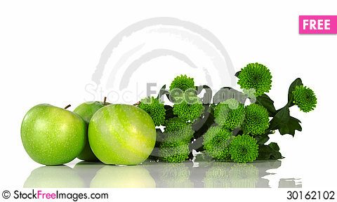 Free Still Life With Green Apples And Green Flowers Stock Photography - 30162102