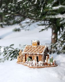 Free Gingerbread House In Real Snowy Forest Royalty Free Stock Photo - 30179595