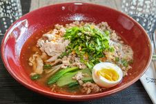 Free Thai Noodle Soup With Pork Stock Photography - 30179962