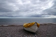 Free Boat On The Beach Royalty Free Stock Image - 30180916