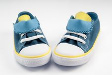 Free Canvas Shoes Royalty Free Stock Photography - 30193827