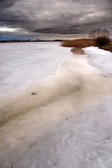 Free Frozen Lake Stock Photo - 3021110