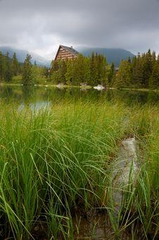 Free Strbske Pleso - Lake Royalty Free Stock Photography - 3025527