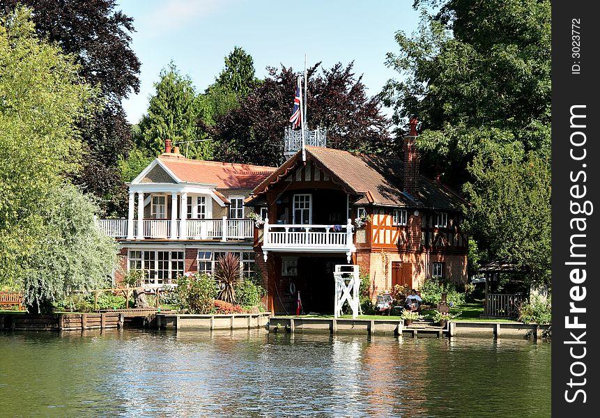 Riverside Boathouse