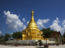 Free Golden Pagoda Stock Image - 30231691