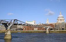 Free Millennium Bridge, London Stock Images - 30233324