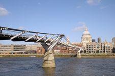 Free Millennium Bridge, London Stock Photos - 30233343