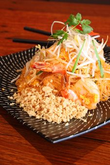 Free Pad Thai, Thai Signature Dish. Royalty Free Stock Photo - 30242885