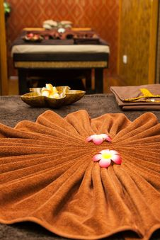 Free Thai Spa Royalty Free Stock Images - 30244139