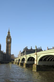 Free Westminster Bridge Royalty Free Stock Photography - 30251147