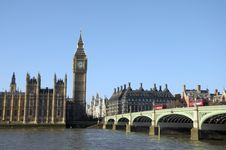 Free Westminster Bridge Royalty Free Stock Photo - 30251225