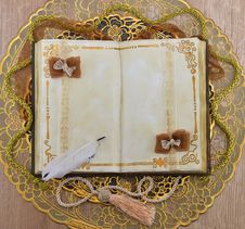 Free Retro Golden Diary Stock Images - 30252154