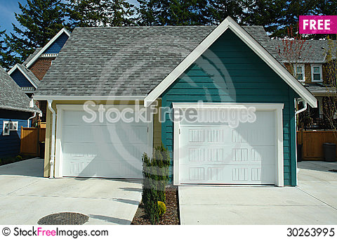 Free Garage New House Royalty Free Stock Photo - 30263995