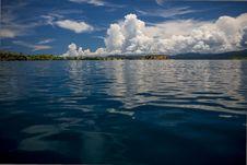 Free Approaching The Island Seraya Royalty Free Stock Images - 30262359