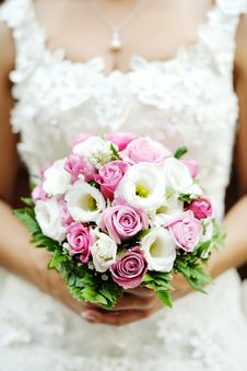 Free Wedding Bouquet In The Bride S Hands Royalty Free Stock Photo - 30263545
