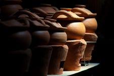 Free Clay Pot For Sale Royalty Free Stock Photography - 30263657