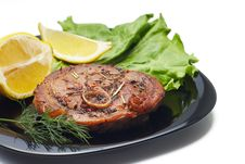 Free Grilled Steak With Salad And Lemon Stock Photography - 30283102