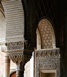 Free Arched Pillars Of Alhambra Granda Stock Photos - 30284553