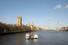 Free Palace Of Westminster And River Thames Royalty Free Stock Photography - 30287997