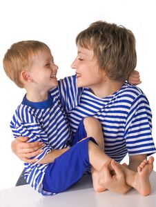 Free Mother And The Son Embrace Stock Photos - 3031733
