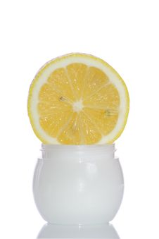 Free Cosmetics Lemon Cream Stock Photography - 3032652