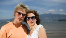 Free Young Couple On The Beach Stock Images - 3034654