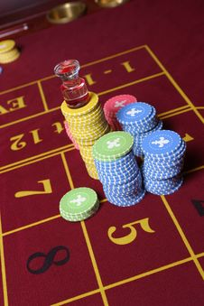 Free Roulette Gambling Chips Royalty Free Stock Photo - 3037865