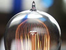 Free Bulb Stock Images - 3038164