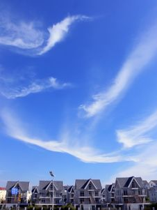 Free Sky  Clouds Villa Stock Images - 30300424