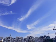 Free Sky  Clouds Villa Stock Photography - 30300512