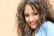 Free Attractive Mixed Woman In Urban Background Wearing Casual Clothe Stock Photo - 30301630
