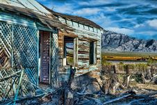 Free Old Abandoned House With Train Tracks And Mountains Stock Images - 30309454
