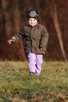 Free Little Boy Running Stock Photography - 30313382