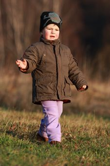 Free Little Boy Running Royalty Free Stock Photography - 30313437