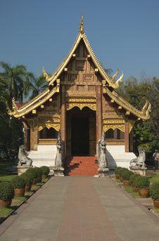 Free Wat Phra Singh Royalty Free Stock Image - 30338386