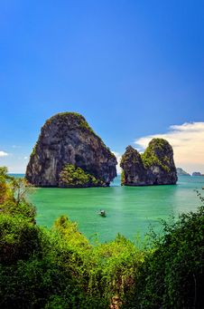 Free Tropical Island And Sea Landscape View In Andaman Sea Stock Photography - 30374772
