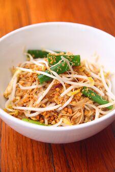 Free Pad Thai, Thai Signature Dish. Royalty Free Stock Image - 30377526