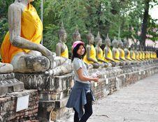 Free Beautiful Asian Woman And Buddha At Wat Yai Chai Mongkol Temple Royalty Free Stock Photo - 30385805