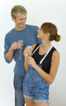 Free Happy Couple With Champagne Stock Photography - 3041732