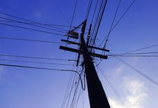Free Power Lines Royalty Free Stock Image - 3043176